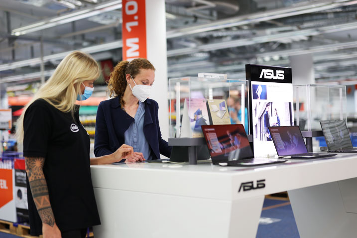 Royal5 erobert Retail Marketing von ASUS.